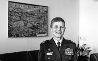 Женщина, похожая на мужчину, будет командовать армией страны НАТО