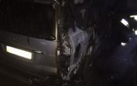 Поджог или случайность: в Днепре сгорели два автомобиля