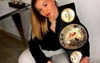 Боксерша показала гематому на лице после боя