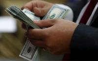 В Киеве мужчина организовал фальшивый обмен валют через интернет