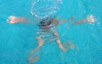 На Кипре в бассейне утонула трехлетняя украинка