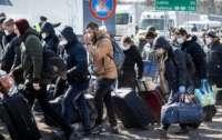 Около 200 тысяч украинцев могут приехать домой из других стран на Пасху