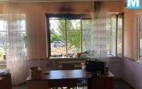 Сельсовет в Запорожской области забросали бутылками с горючей смесью