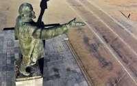 Разыскиваются декоммунизированные памятники Ленину