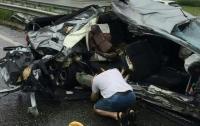 В страшной аварии на трассе