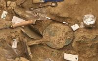 В могиле древнего воина нашли украшение возрастом 3500 лет