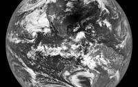 NASA показало снимок солнечного затмения, сделанный с Луны