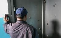 По квартирам киевлян ходят фейковые коммунальщики