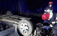 ДТП под Хмельницким: покореженный автомобиль