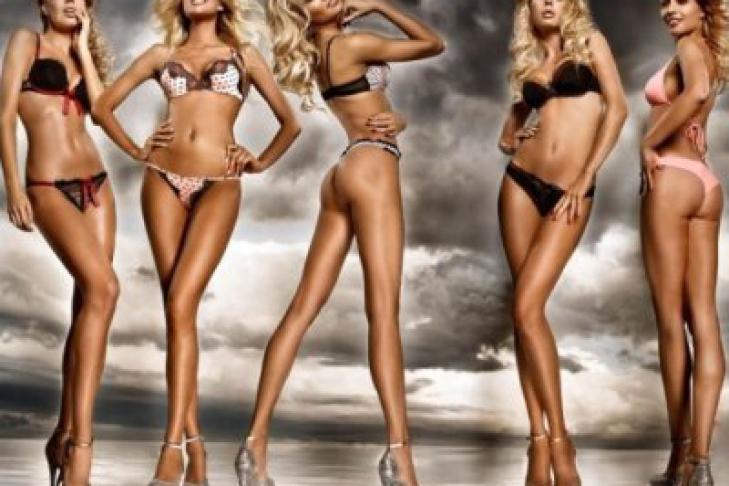 Длинноногие красавицы фото, видео с голыми в просвечивающих одеждах