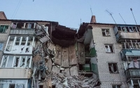 В оккупированном Луганске пьяный боевик выпал с балкона многоэтажки