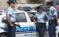 Неизвестный попытался наехать на израильских полицейских
