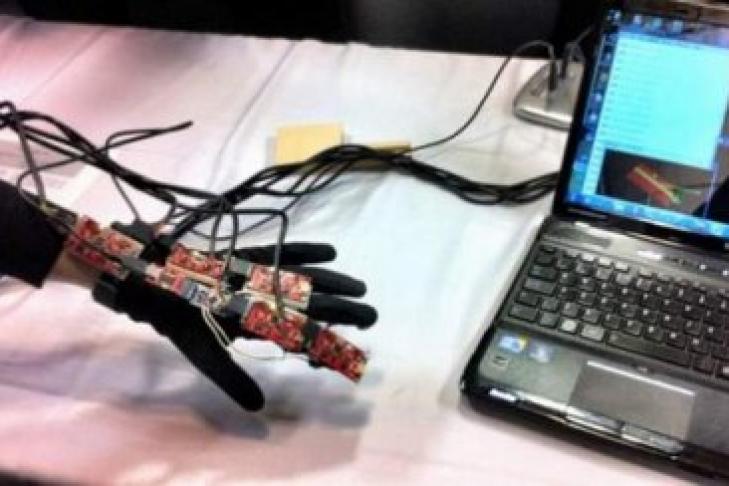 Ученые назвали способ вернуть подвижность парализованной руке