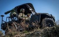 Украинские военные получили боевые вездеходы
