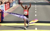Кениец Кируи выиграл марафон на чемпионате мира