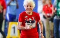 102-летняя бабушка установила два мировых рекорда