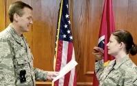 Американских военных уволили из-за куклы на руке