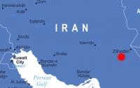 Мощное землетрясение всколыхнуло восток Ирана