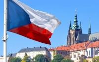 Власти Чехии изменили правила трудоустройства для украинцев