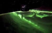 Астронавт NASA опубликовал видео встречи полярного сияния с рассветом