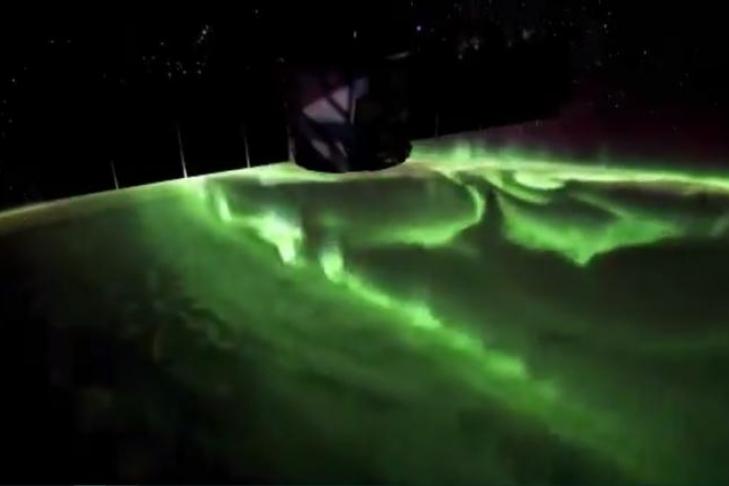 Астронавты NASA ремонтируют МКС— Трансляция изкосмоса