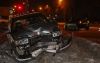 ДТП в Днепре: не поделили дорогу Hyundai и Subaru (видео)