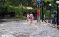 Одессу затопило после мощного ливня (фото)