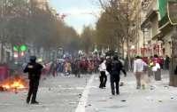 В Марселе разогнали карнавал во время карантина