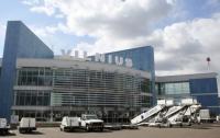Из аэропорта Вильнюса эвакуировали людей из-за ЧП
