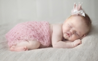 В США младенец умер после поцелуя взрослого