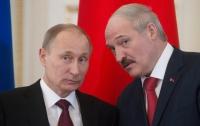 Из жизни диктаторов: Путин наградил Лукашенко