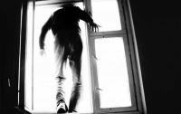 Смерть наступила мгновенно: в Одессе из окна больницы выпрыгнул мужчина