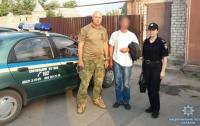 На Донбассе мужчина приковал цепью 10-летнего мальчика (видео)