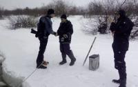 Киевского рыбака спасли водолазы