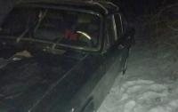 Водитель сбил на дороге детей и убежал из авто