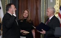 Майк Помпео приведен к присяге в качестве нового директора ЦРУ