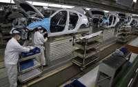 Китайские власти дадут людям деньги на покупку автомобилей