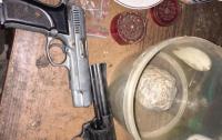 Во Львове задержали сбытчиков наркотиков