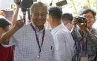 Впервые за 60 лет на выборах в Малайзии победила оппозиция