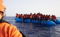 Немецкое судно спасло около 100 мигрантов в Средиземном море