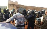 Жестокое нападение на курорт в Мали: есть жертвы