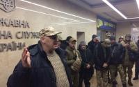 Ветерани звертаються до президента з вимогою припинити корупційні схеми керівника Одеської митниці Сергія Мартинова (відео)