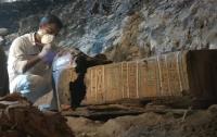 Археологи обнаружили саркофаг древнеегипетского ювелира (видео)