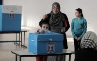 Две трети израильских арабов считают, что Израиль не должен быть еврейским государством
