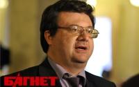 Власть согласилась не публиковать «законы о диктатуре», - депутат Павловский