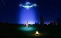 Жительница Арканзаса запечатлела невероятно яркий НЛО