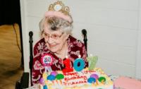 107-летняя женщина назвала вредную привычку секретом долголетия
