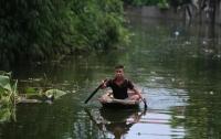 Жертвами наводнений в Камбодже стали восемь детей
