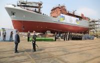 Украинских моряков вооружили новым кораблем (видео)