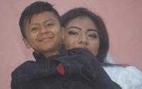 Мексиканцев удивила свадьба женщины и мальчика